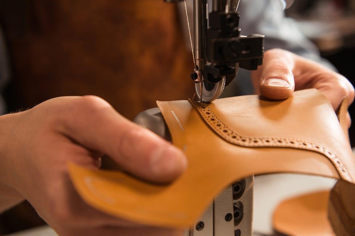 couture du cuir à la machine à coudre